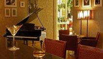 De Bojangles bar van Hotel Polonia Palace