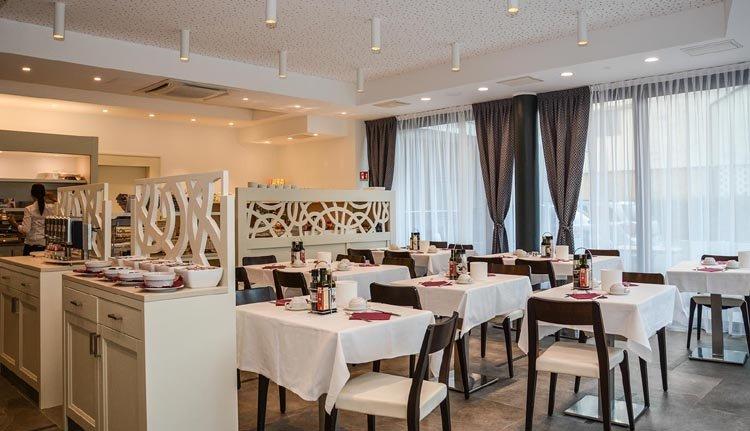 Hotel Bellariva - riante ontbijtzaal