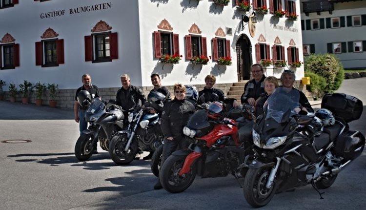 Gasthof Baumgarten is een mooie locatie voor motortochten door Tirol