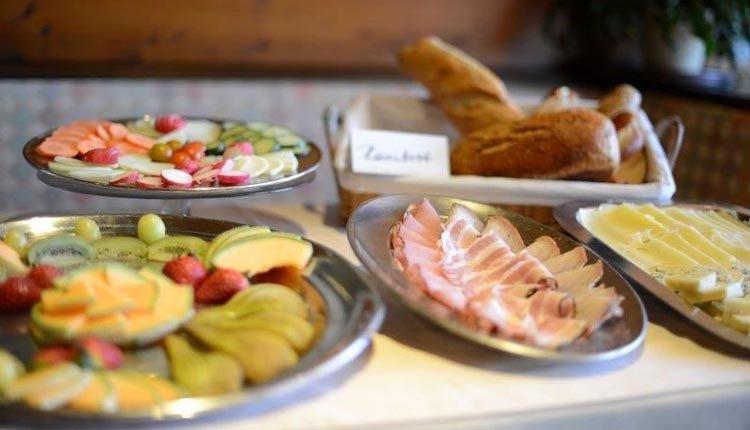 Geniet van een heerlijk ontbij bij Gasthof Baumgarten