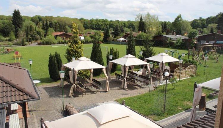 De biergarten van Hotel Alte Viehweide