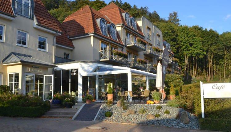Genieten op het terras van Parkhotel Flora