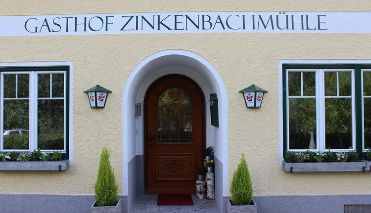 De entree van Gasthof Zinkenbachmühle