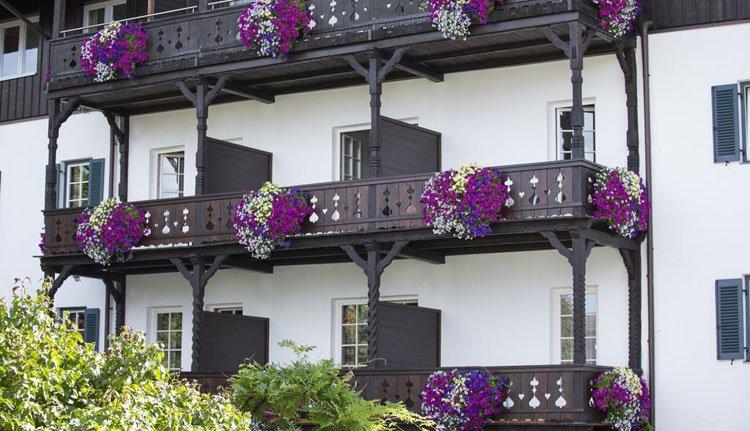 Gasthof Isserwirt - de fleurige balkons zijn een prachtig aanzicht