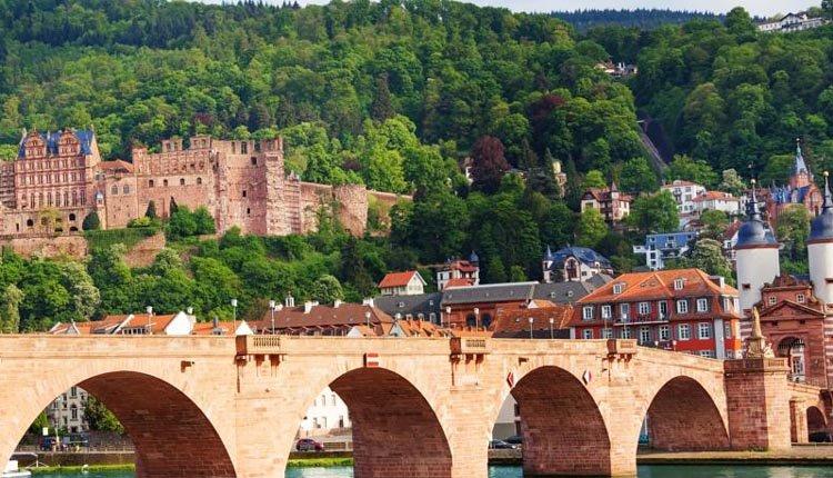 Hotel zum Ritter St. Georg ligt in het prachtige Heidelberg