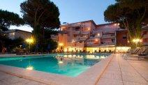 Hotel Versilia Palace heeft een fijn zwembad