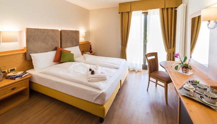 De kamers in Hotel Ambassador zijn comfortabel