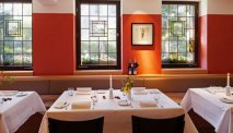 In het restaurant van Hotel Zum Goldenen Ochsen kunt u heerlijk eten