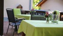 Het terras bij Hotel Villa Moritz