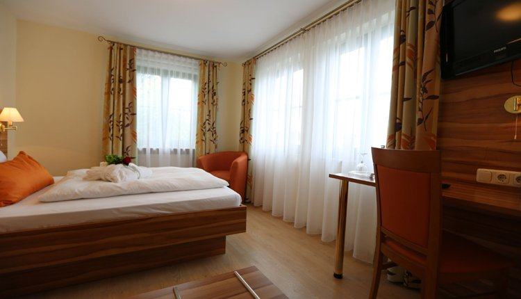 De comfortabele kamers in Hotel Villa Moritz zijn van alle gemakken voorzien