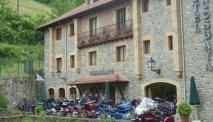 Geweldige motortochten in de omgeving van Hotel Cosgaya