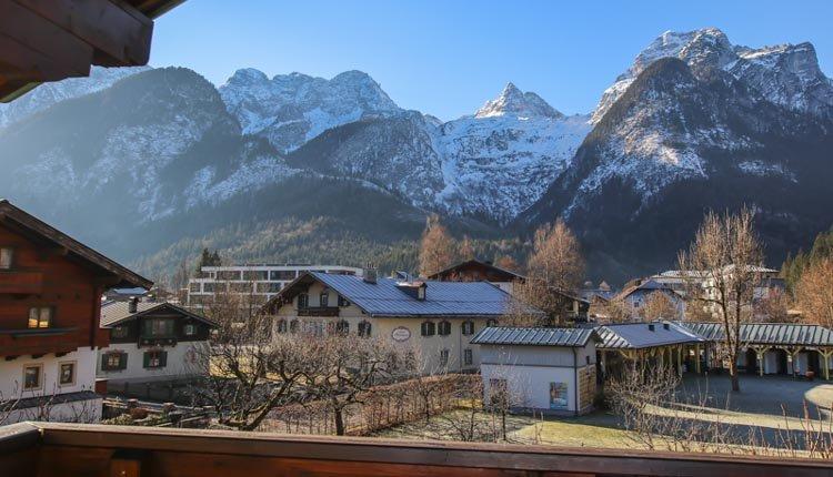 Werkelijk fantastisch gelegen! Geniet van de bergen bij Hotel Zum Schweizer