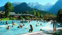 Hotel Zum Schweizer - zwembad in geweldig berglandschap