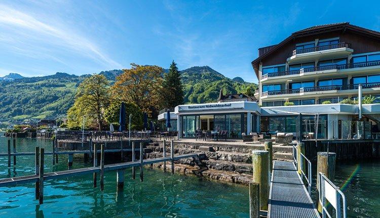Hotel Nidwaldnerhof aan het Vierwoudstedenmeer