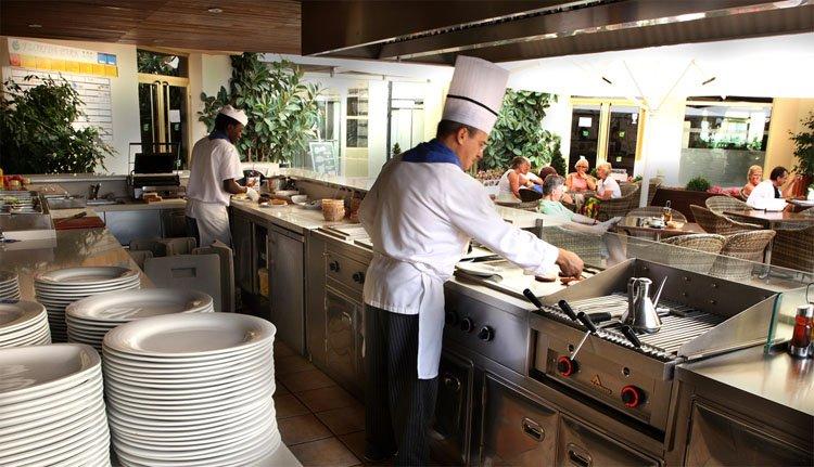 In Hotel Florida Park wordt het eten en drinken met zorg bereid
