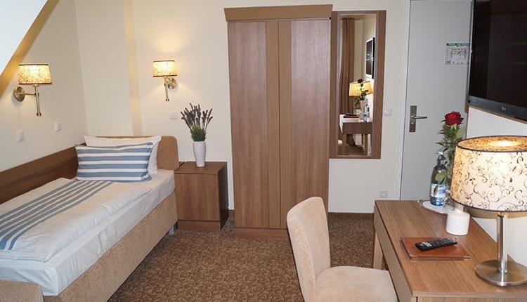 De eenpersoonskamers in Ostseehotel Boltenhagen zijn comfortabel