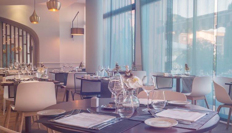 Het gezellige restaurant in Hotel Les Jardins de Ste Maxime