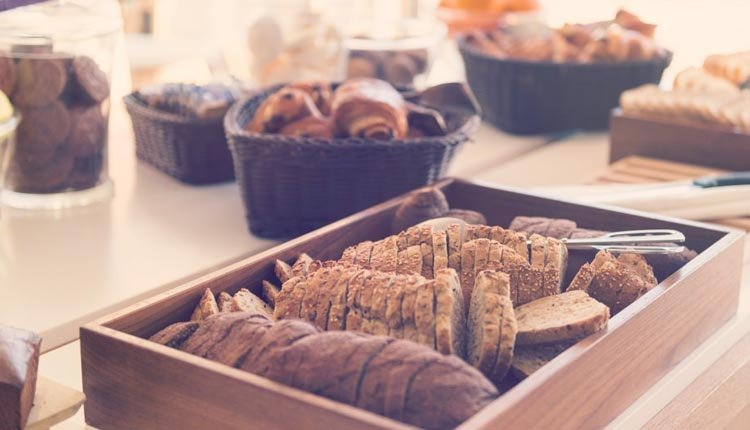 Elke morgen staat er een uitgebreid ontbijtbuffet klaar in Hotel Les Jardins de Ste Maxime