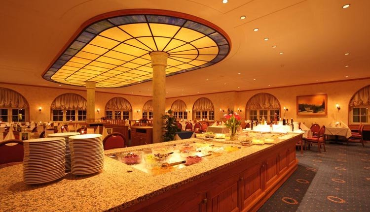 Central Sporthotel - buffet