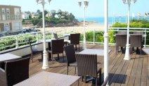 Het terras van Hotel de la Plage heeft een prachtig uitzicht