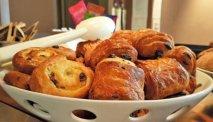 Elke morgen staat er een uitgebreid ontbijtbuffet klaar