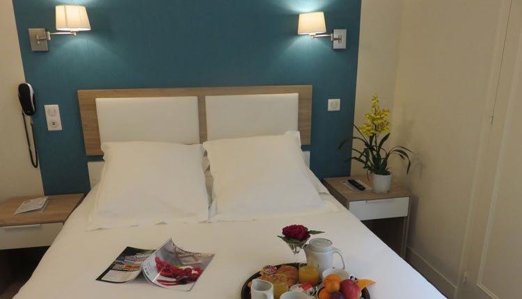 De tweepersoonskamers in Hotel Le Saint Julien zijn comfortabel