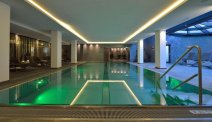 Hotel Latini - zwembad en wellness