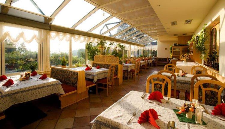 Hotel Weiss - restaurant