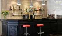De bar in Best Western Plus L'Artist Hotel