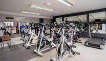 Best Western La Marina heeft een uitgebreide fitnessruimte