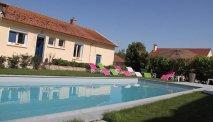 Het zwembad van Auberge des Moissons