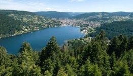 Het meer van Gérardmer in de Franse Vogezen
