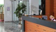 Bij de receptie van Hotel Jelovica Bled wordt u hartelijk welkom geheten