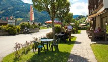 De tuin van Gasthof Venedigerblick leent zich uitstekend om te ontspannen