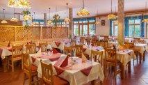 In het knusse restaurant kunt u smakelijk dineren