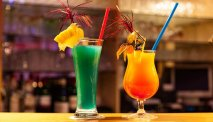 De gezellige bar in Hotel Kammweg