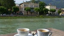 Hotel Goldenes Schiff biedt een prachtig uitzicht over de rivier de Traun