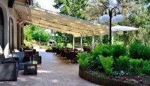 Hotel Ribno in Bled - terras met luifel