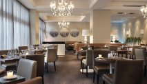 Het restaurant in de hippe BLU lounge van AC Hotel Marriott Ambassadeur