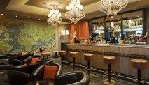 De gezellige bar in Hotel Ellington Nice Centre