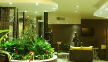 De lobby van Bahia Hotel