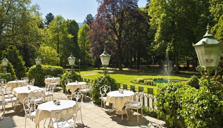 Wyndham Grand Hotel Bad Reichenhall Beieren - schitterende tuin met heerlijk terras