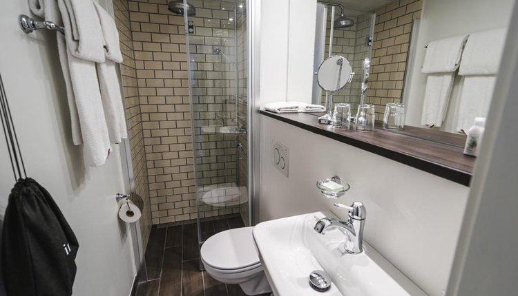 Hotel Gilleje Strand - 2-persoonskamer, badkamer