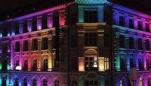 Hotel in de avond