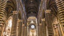De adembenemend mooi Duomo van Siena
