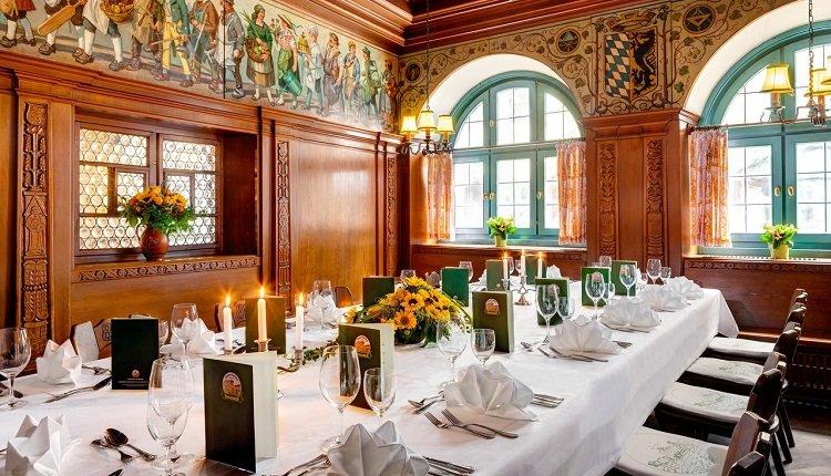 Het prachtige historische restaurant