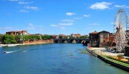 De Garonne en Pont Neuf in Toulouse