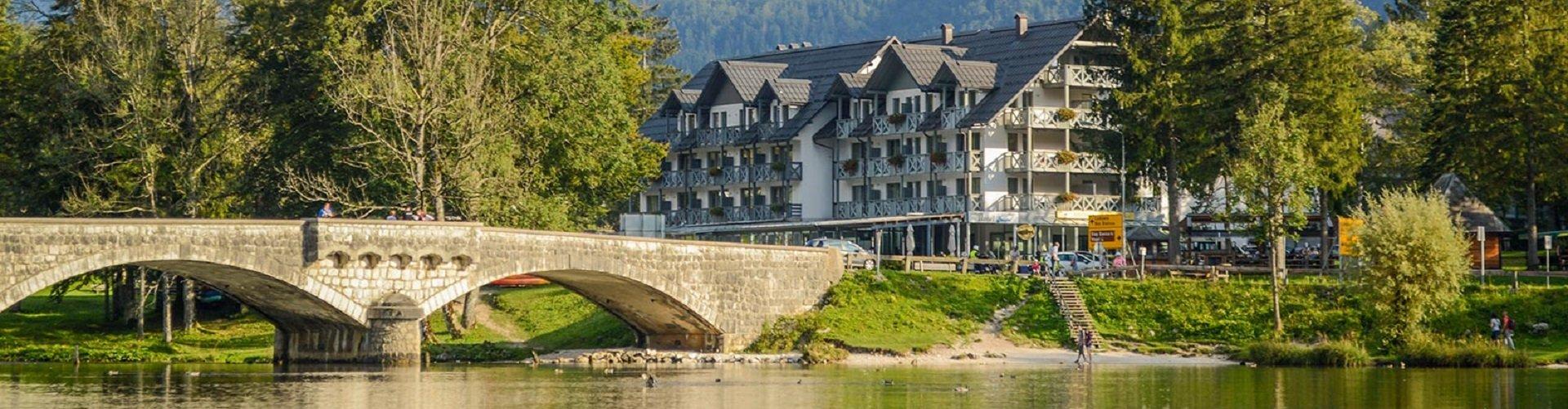 Bannerfoto Hotel Jezero