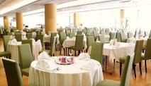 Het restaurant van het hotel