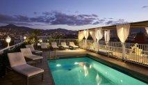 Het zwembad van Hotel Splendid